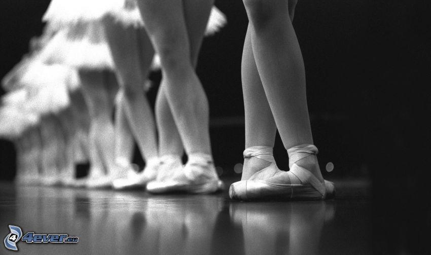 Ballerinen, Beine