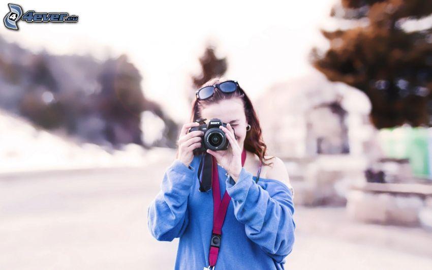 Fotografin, Kamera, Sonnenbrille