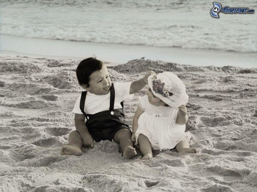 Kinder am Strand, Sand, Meer