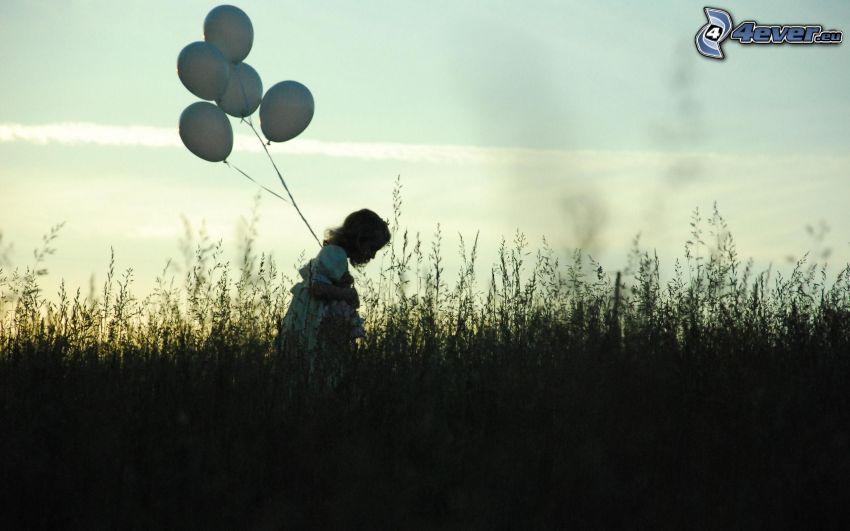 Mädchen mit Luftballons, Gras, Wiese