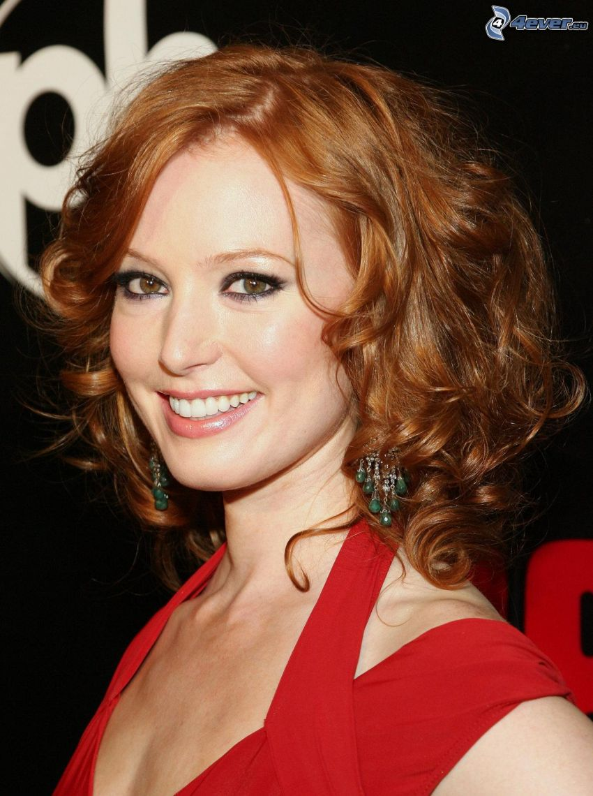 Alicia Witt, Lächeln