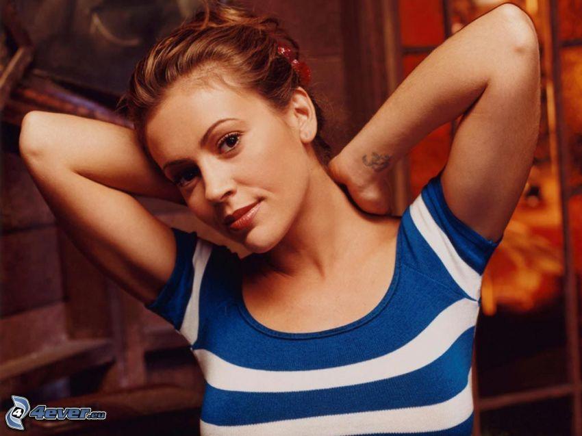 Alyssa Milano, blaues Hemd