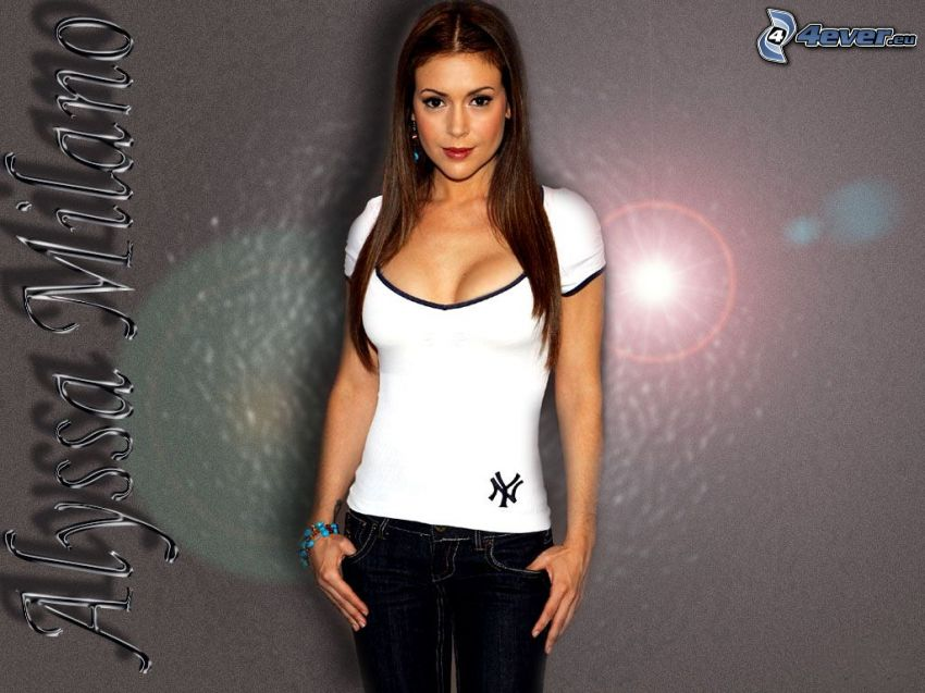 Alyssa Milano, Phoebe, eine Hexe, Charmed, weißes T-Shirt, Jeans, braun haarig Frau