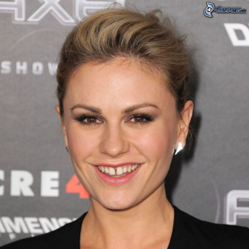 Anna Paquin, Lächeln