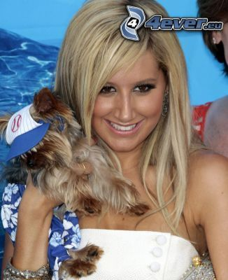 Ashley Tisdale, Yorkshire Terrier, Schauspielerin, Lächeln