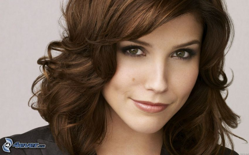 Brooke Davis, lockiges Haar