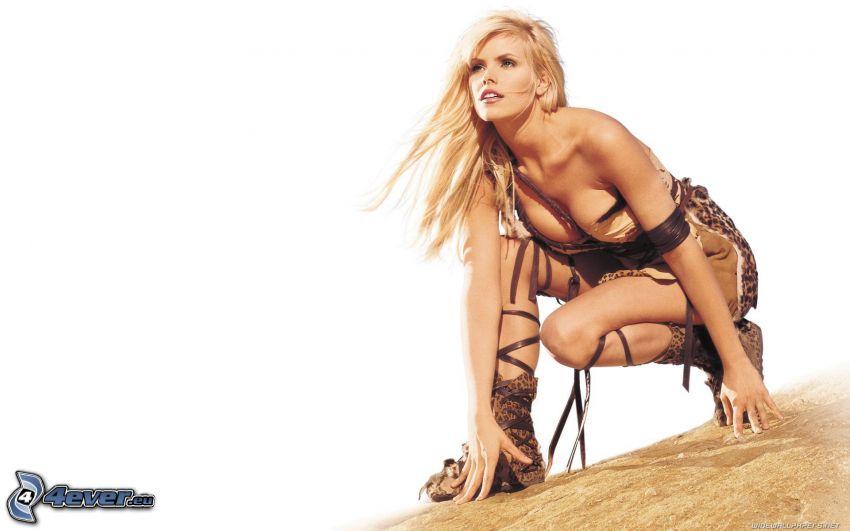 Gena Lee Nolin, sexy Blondine, Kämpferin