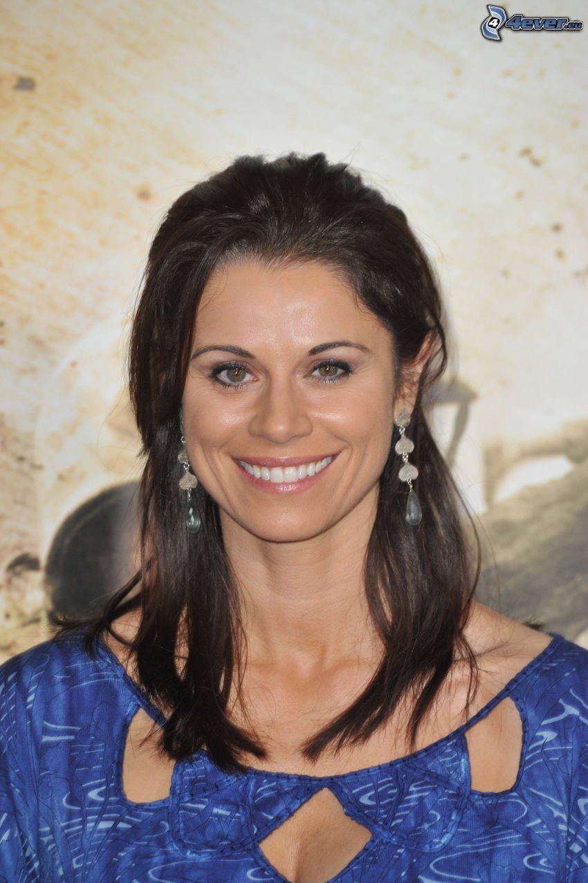 Jennifer Taylor, Lächeln