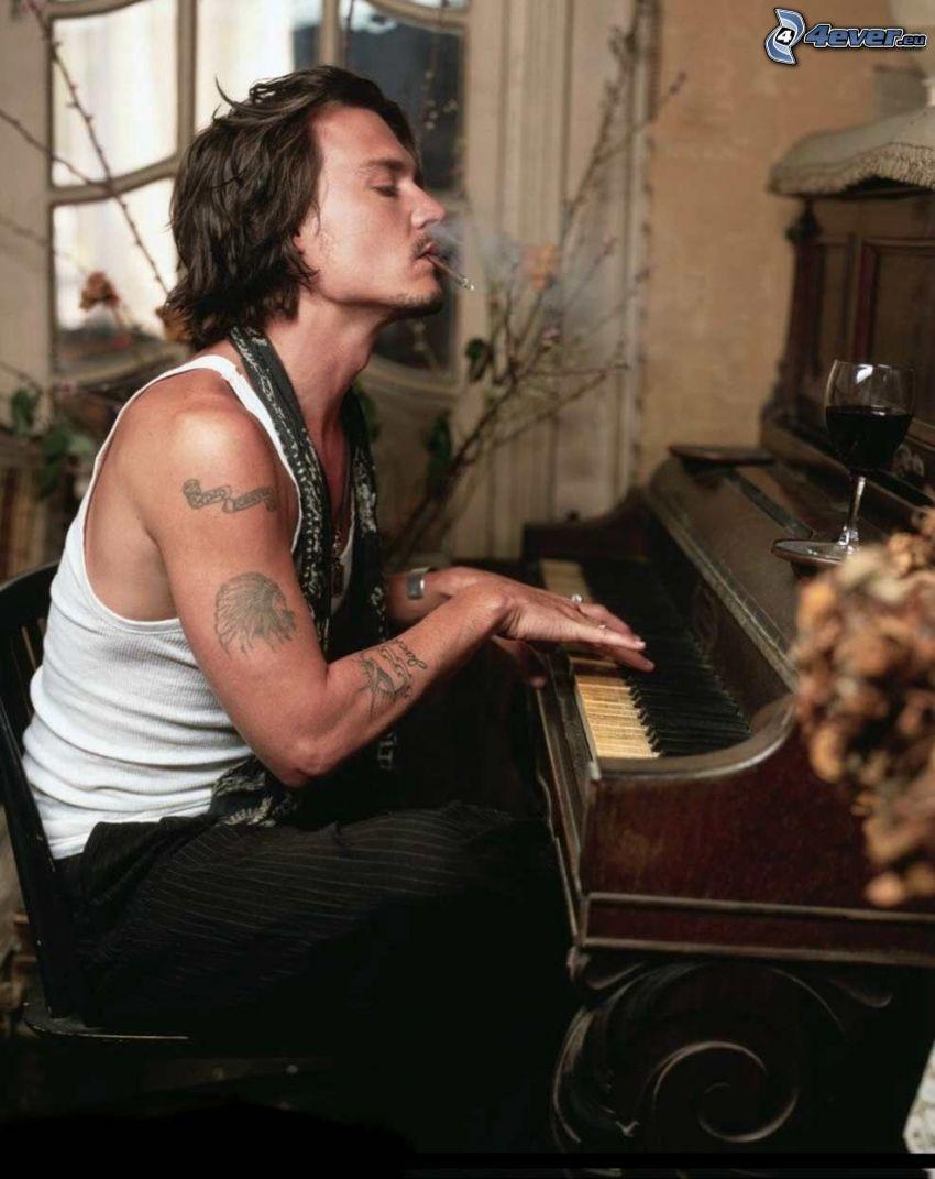 Johnny Depp, Klavier Spiele