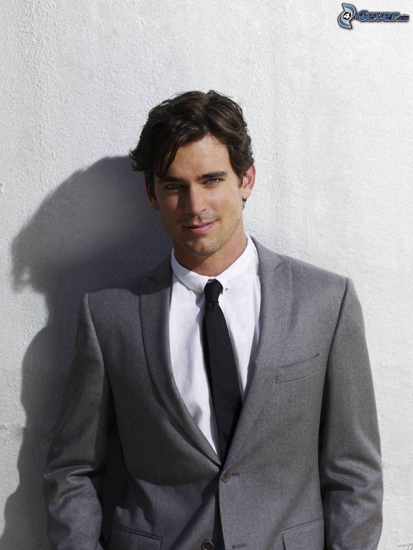 Matt Bomer, mann im Anzug, Lächeln