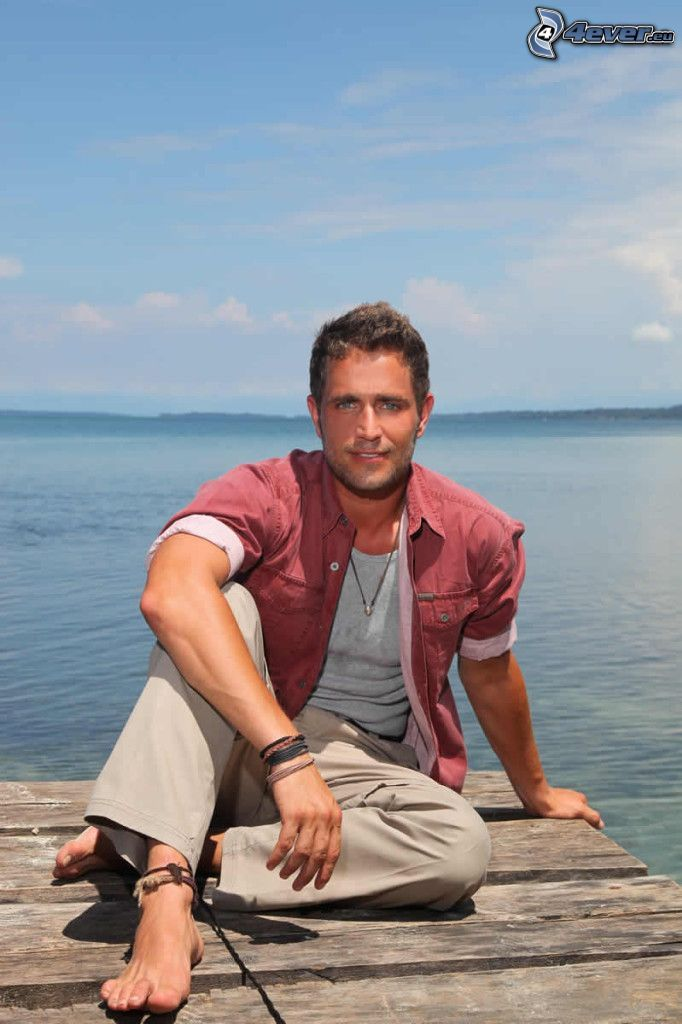 Michel Brown, Meer