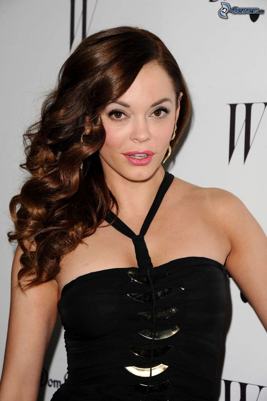 Rose McGowan, lockiges Haar