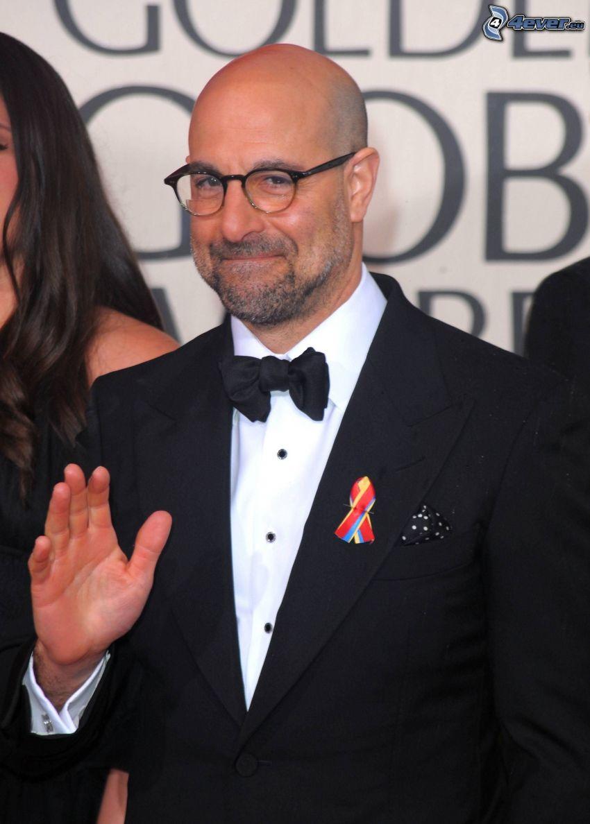 Stanley Tucci, mann im Anzug, Mann mit Brille
