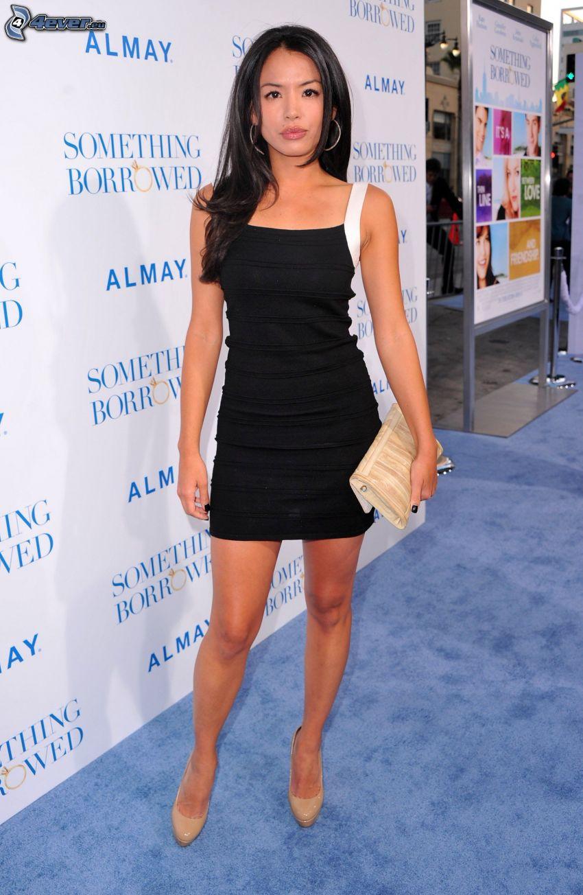 Stephanie Jacobsen, schwarzes Minikleid