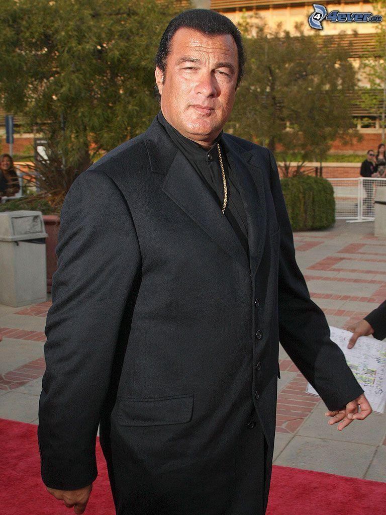 Steven Seagal, Jacke