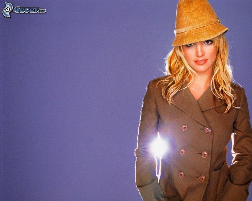 Britney Spears, Mädchen mit einem Hut