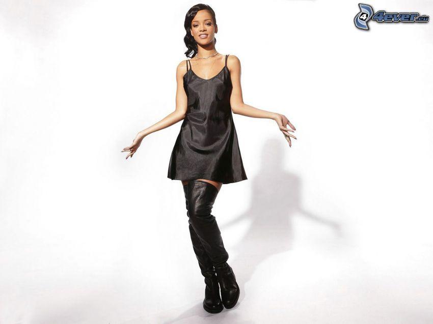 Rihanna, schwarzes Minikleid