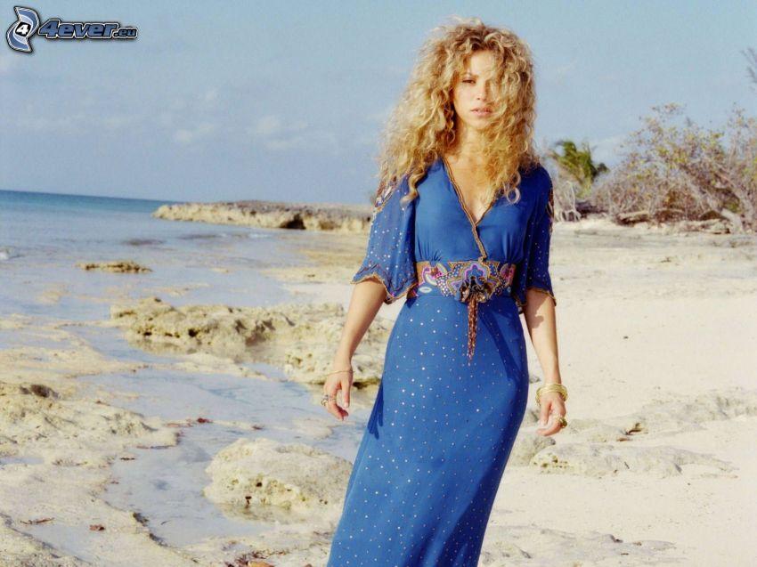 Shakira, Strand