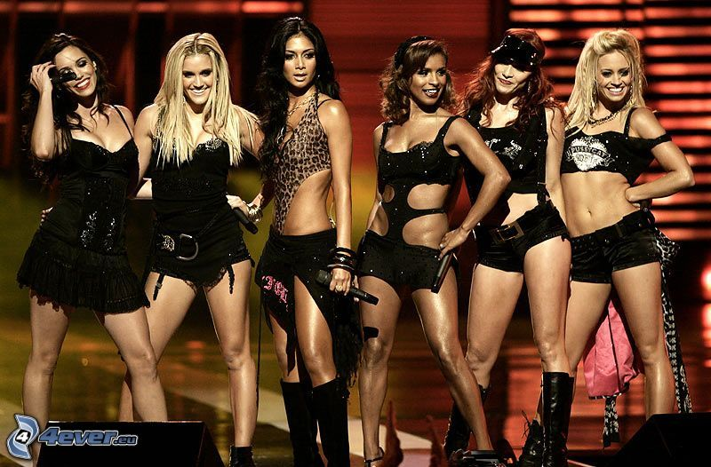 The Pussycat Dolls, Frauen