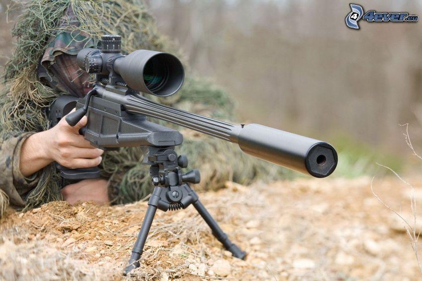 sniper, Soldat mit einem Gewehr