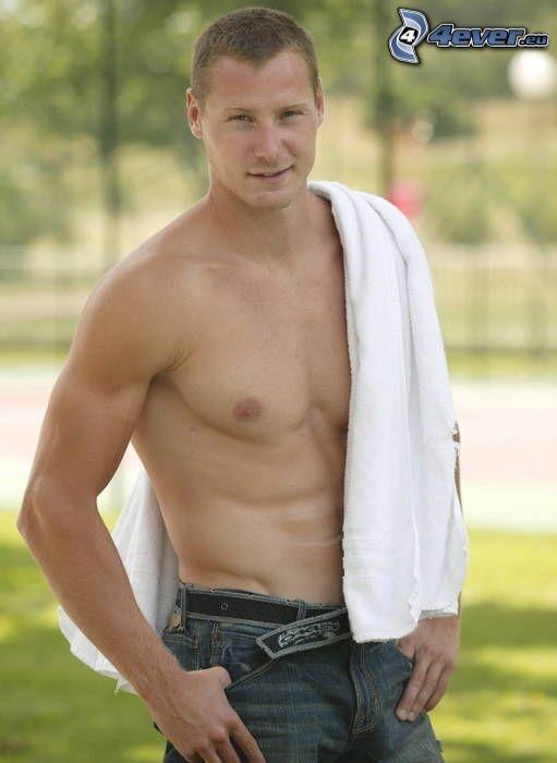 Erik Vlček, muskulöser Kerl, sexy Mann