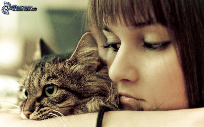 trauriges Mädchen, Katze
