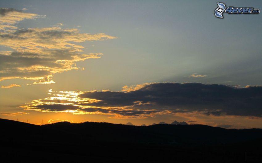 Abendhimmel, Sonne hinter den Wolken