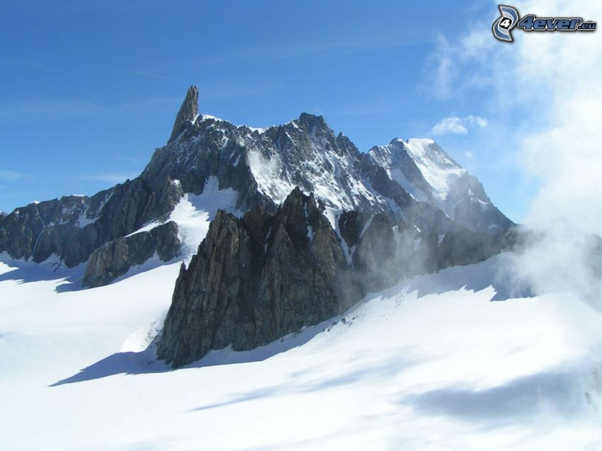 felsiger Berg, schneebedeckten Berg