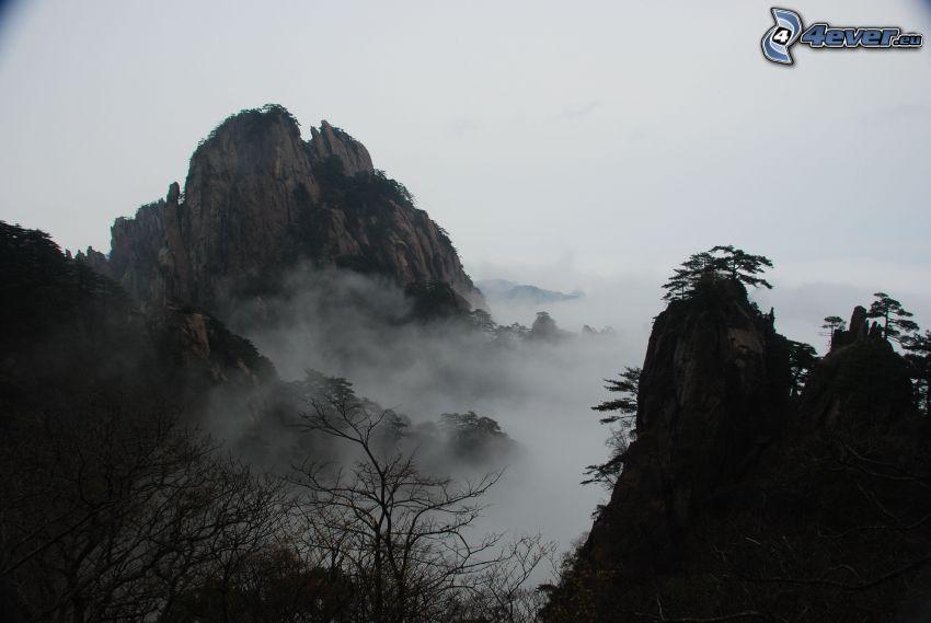 Huangshan, felsige Berge, Inversionswetterlage