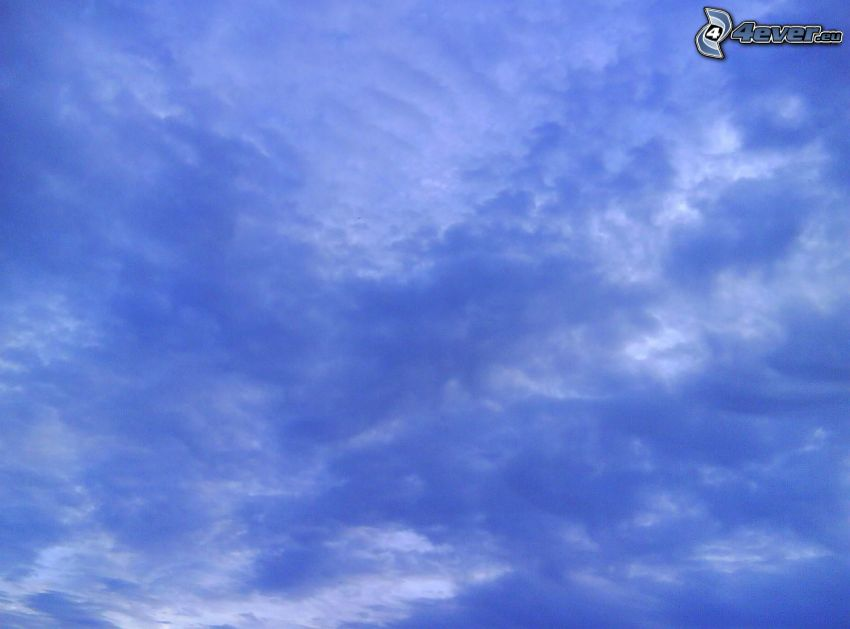 blauer Himmel, Wolken