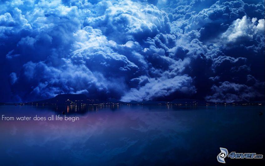 Wolken, Wasser, text