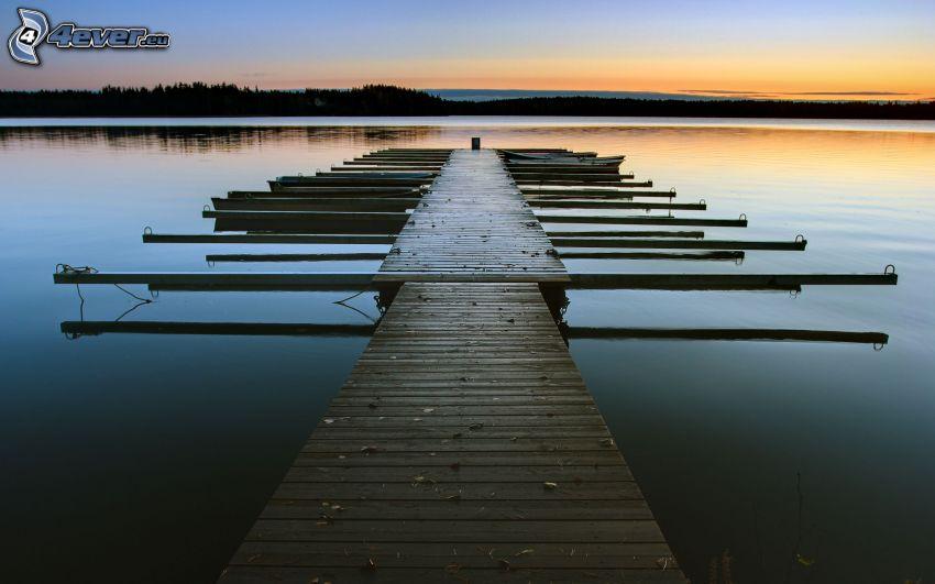 Holzsteg, Sonnenuntergang am See