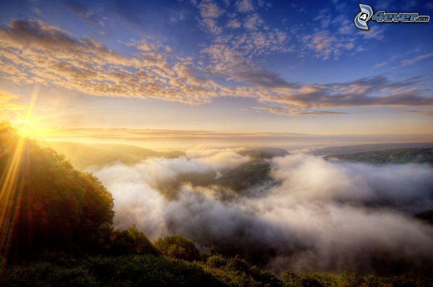 Inversionswetterlage, Sonnenaufgang, Wolken