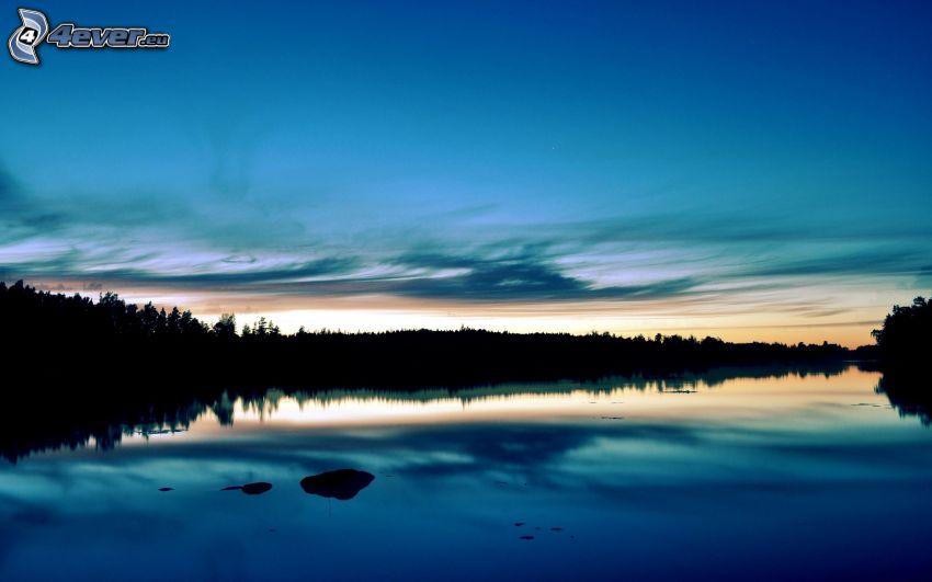Küste, Fluss, Abendhimmel