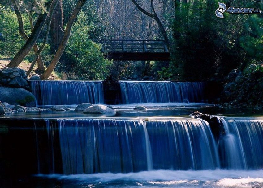 Wasserfall, Brücke