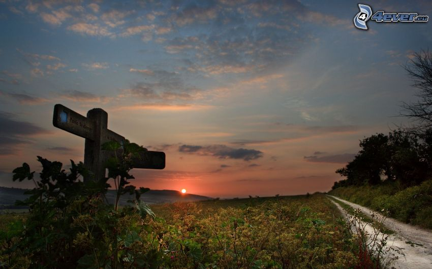 Wegweiser, Sonnenuntergang, Feldweg