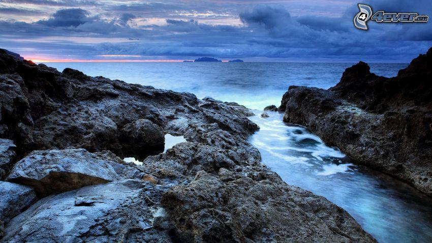 Felsen im Meer, Portugal