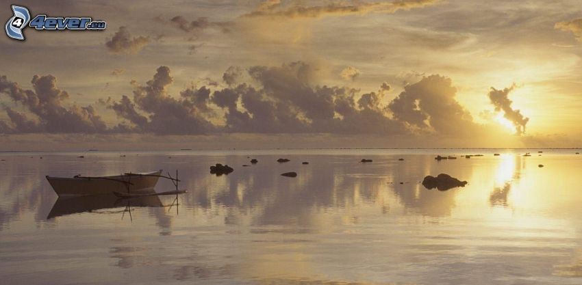 Meer, Boot, Abend, Wolken