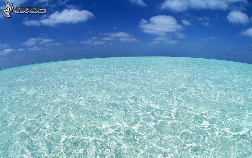 offenes Meer, seichtes azurblaues Meer