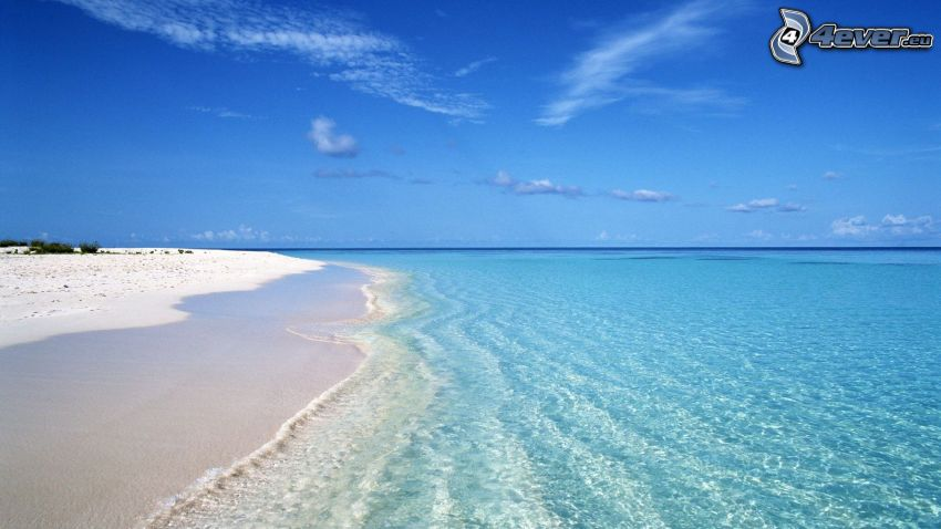 Strand, azurblaues Sommermeer