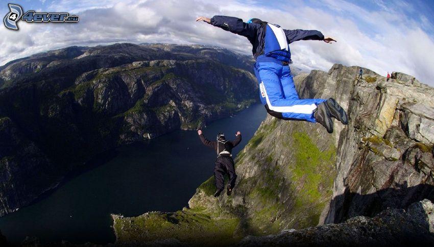 BASE Jump, Klippe, Fluss