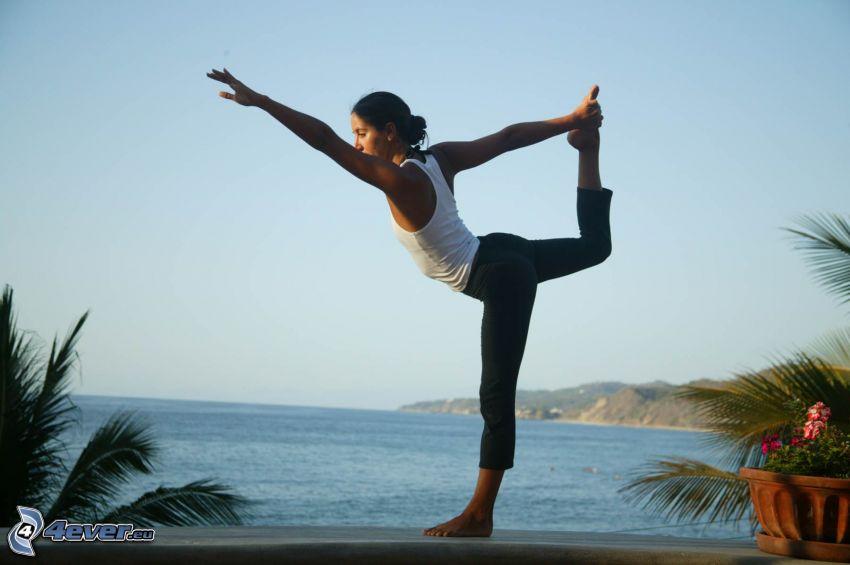 Einturnen, Yoga, Blick auf dem Meer
