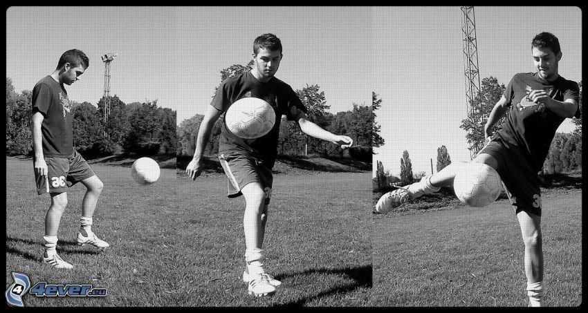 Footballspieler mit dem Ball, Junge, Fußballplatz