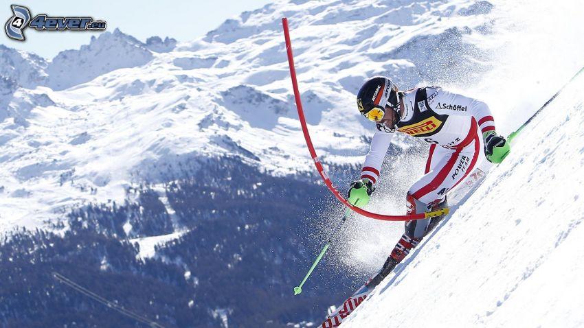 Extrem-Skifahren, schneebedeckte Berge