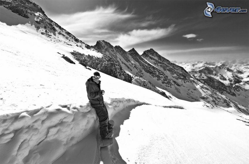 Snowboarder, schneebedeckte Berge, Schnee