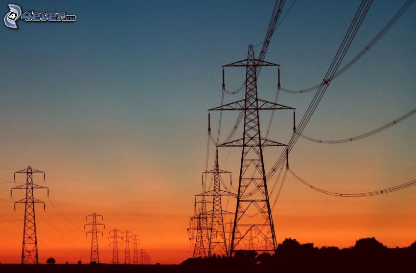 elektrische Leitung, nach Sonnenuntergang, orange Himmel