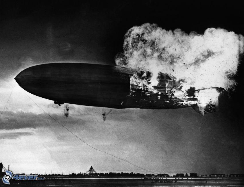 Luftschiff, altes Foto
