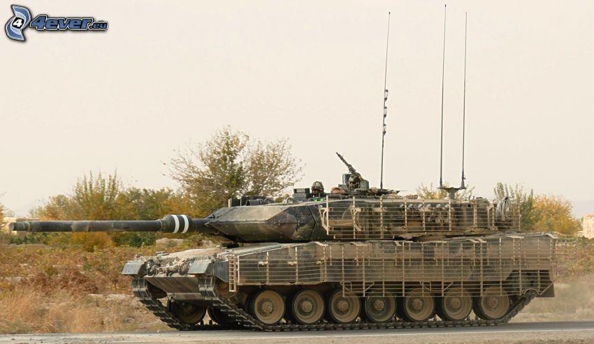 Leopard 2, Panzer