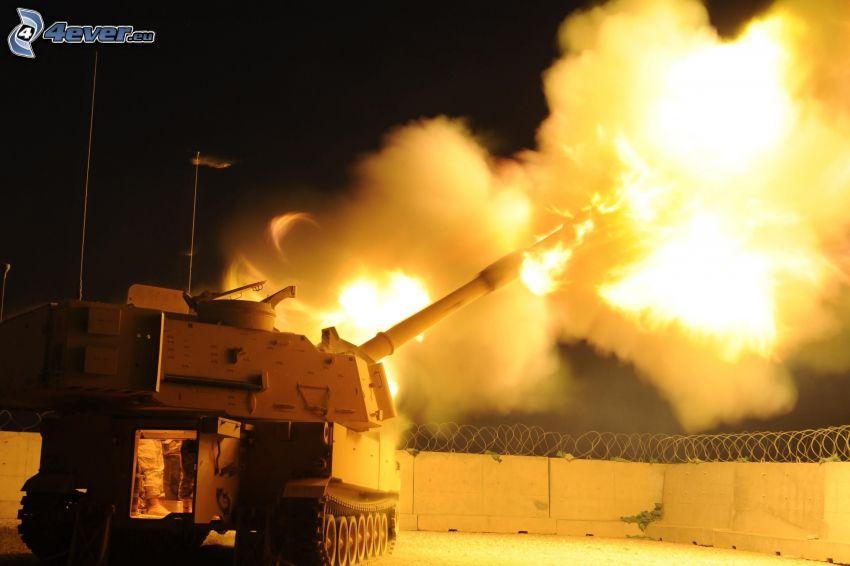 Panzer, Schießen, Zaun