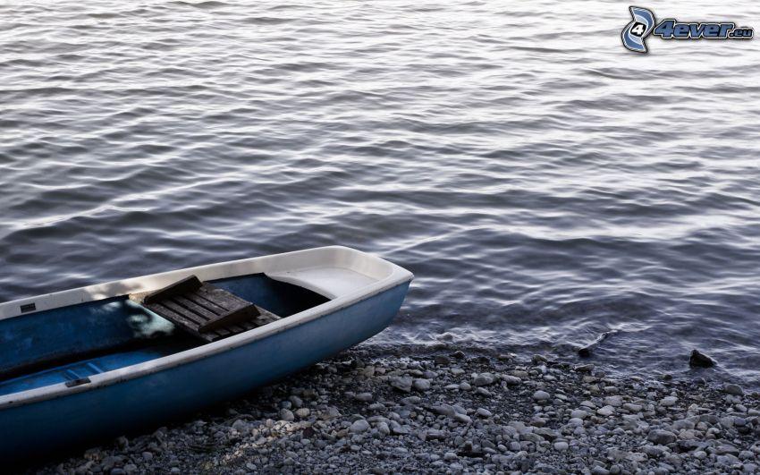 boot am Ufer, Meer